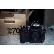 Brand new Nikon D700 12MP DSLR Camera/Canon EOS 5D Mark II 21MP DSLR